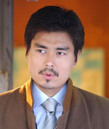 小澤氏元カノ,二股交際